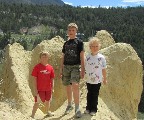 Kids at Radium May 2011